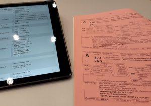 Blick auf Sitzungsunterlagen zu den Haushaltsberatungen
